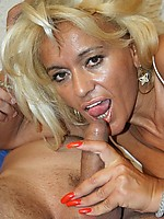 Hot mature gets fucked deep in her hairy cunt